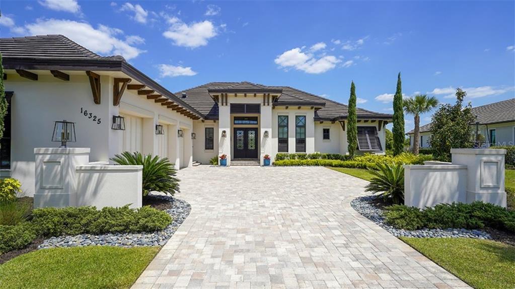 16325 DAYSAILOR TRAIL Property Photo - LAKEWOOD RANCH, FL real estate listing