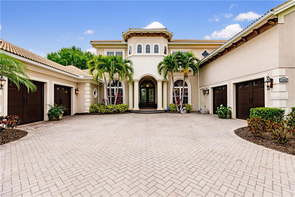 12552 Highfield Circle Property Photo