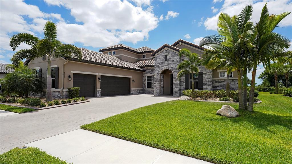 6337 Rivo Lakes Boulevard Property Photo