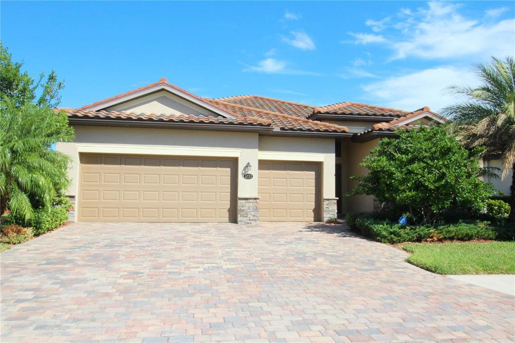 6733 Wild Lake Terrace Property Photo