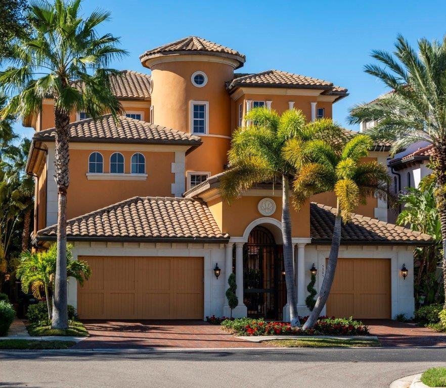 5905 Beacon Shores Street Property Photo