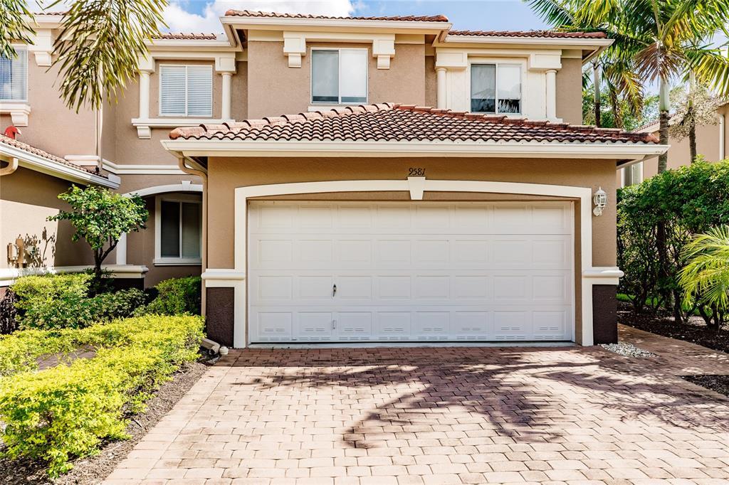 9581 Roundstone Circle Property Photo
