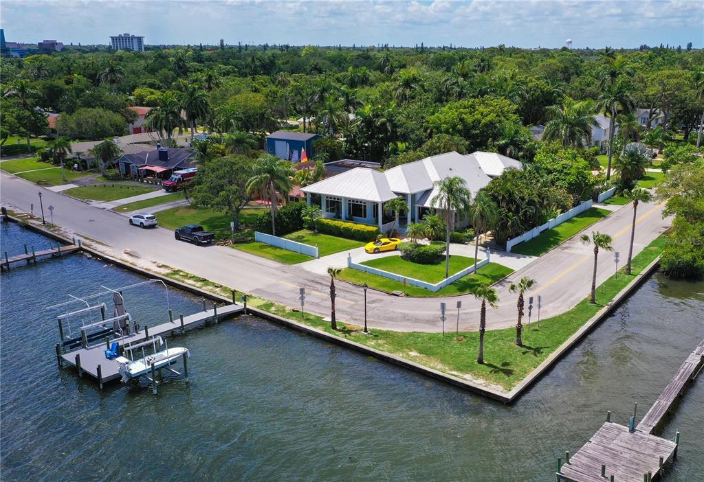 2519 Riverview Boulevard Property Photo 1