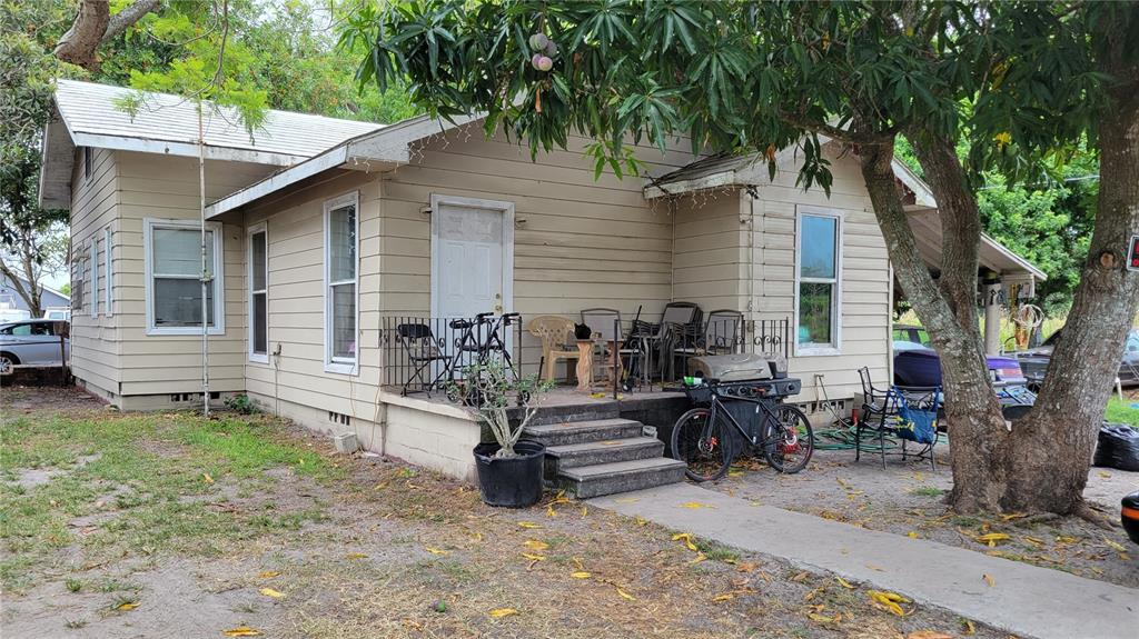 1616 23rd Street E Property Photo 1
