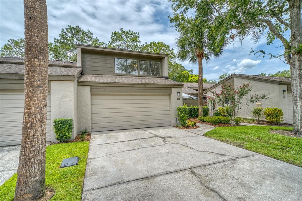 904 Wintergreen Boulevard Property Photo