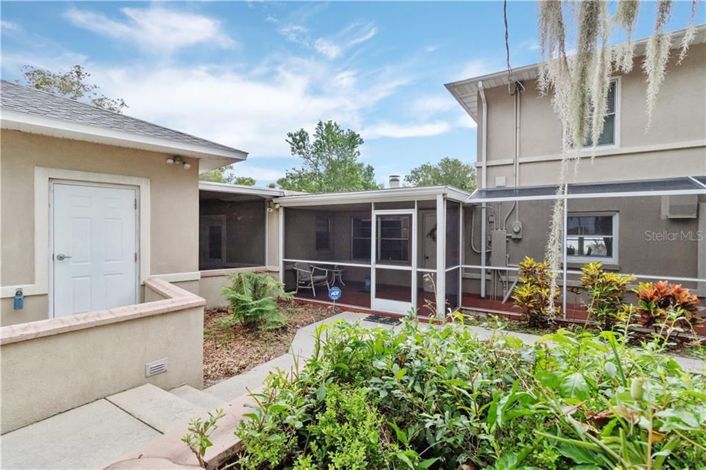 100 TWIN COVE Property Photo - AUBURNDALE, FL real estate listing