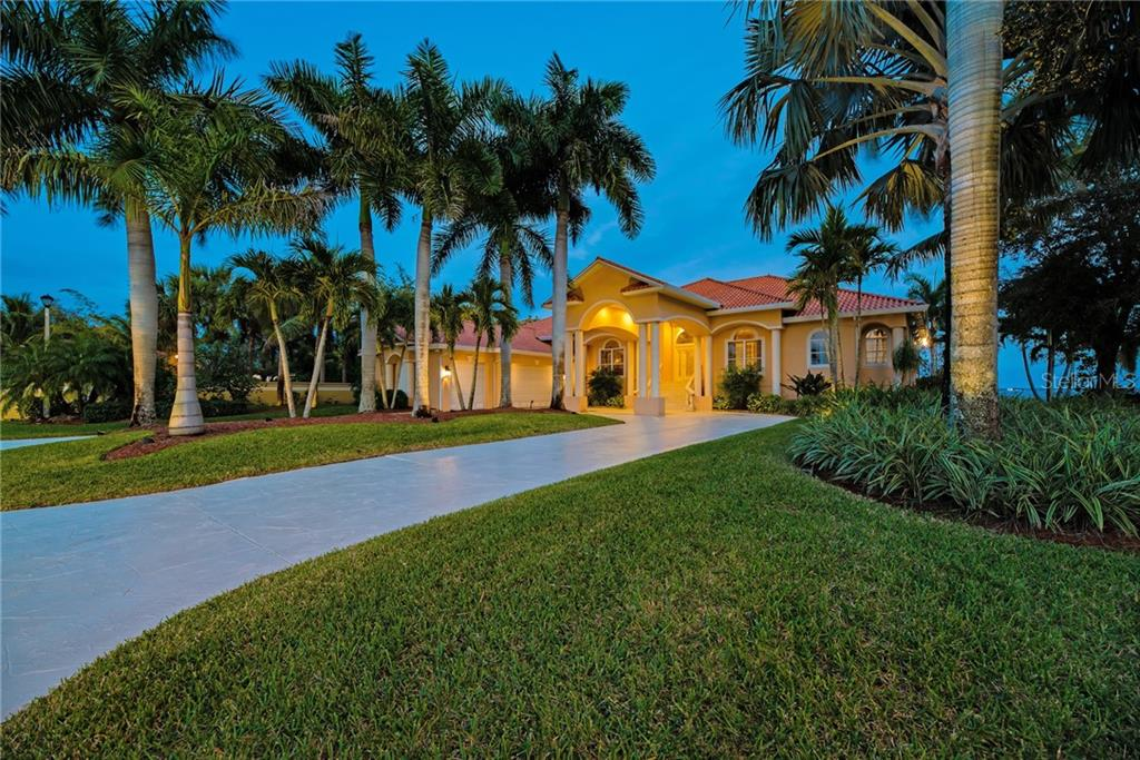 21460 HARBORSIDE BLVD Property Photo - PORT CHARLOTTE, FL real estate listing