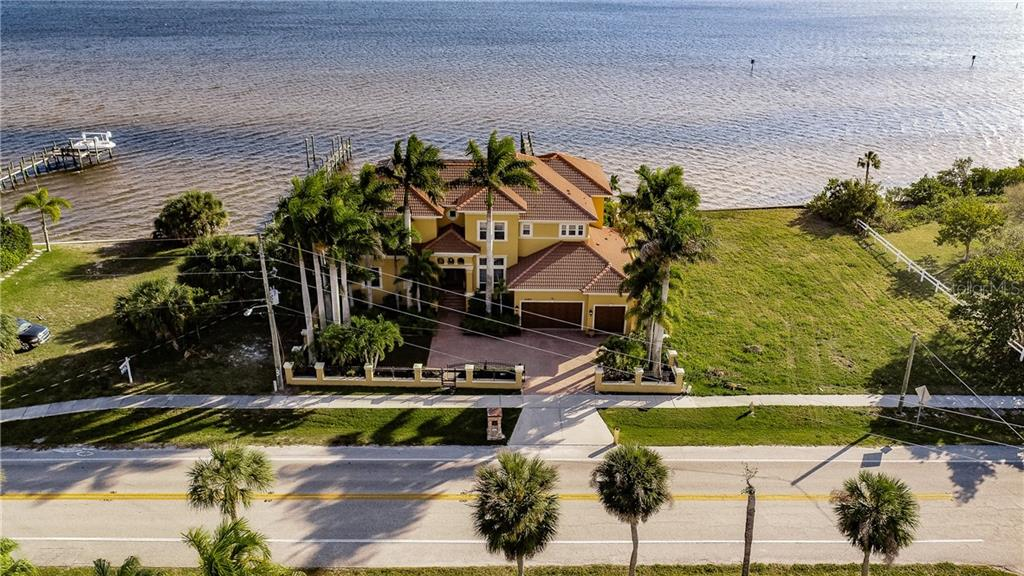 4484 Harbor Boulevard Property Photo