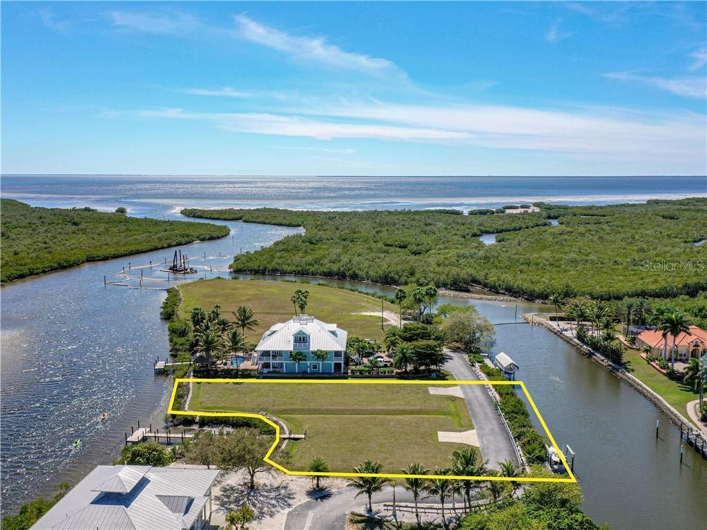 5527 Sea Edge Drive Property Photo