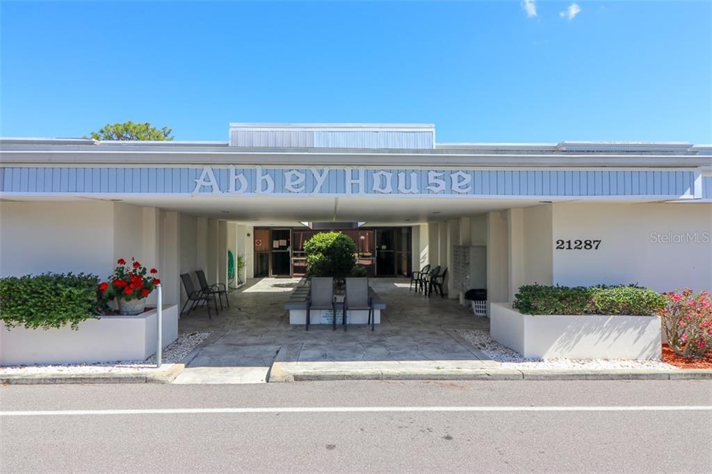Abbey House Real Estate Listings Main Image