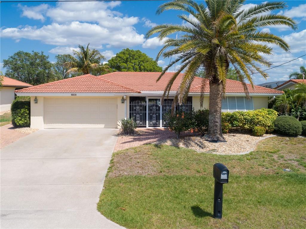 2211 PALM TREE DR Property Photo - PUNTA GORDA, FL real estate listing
