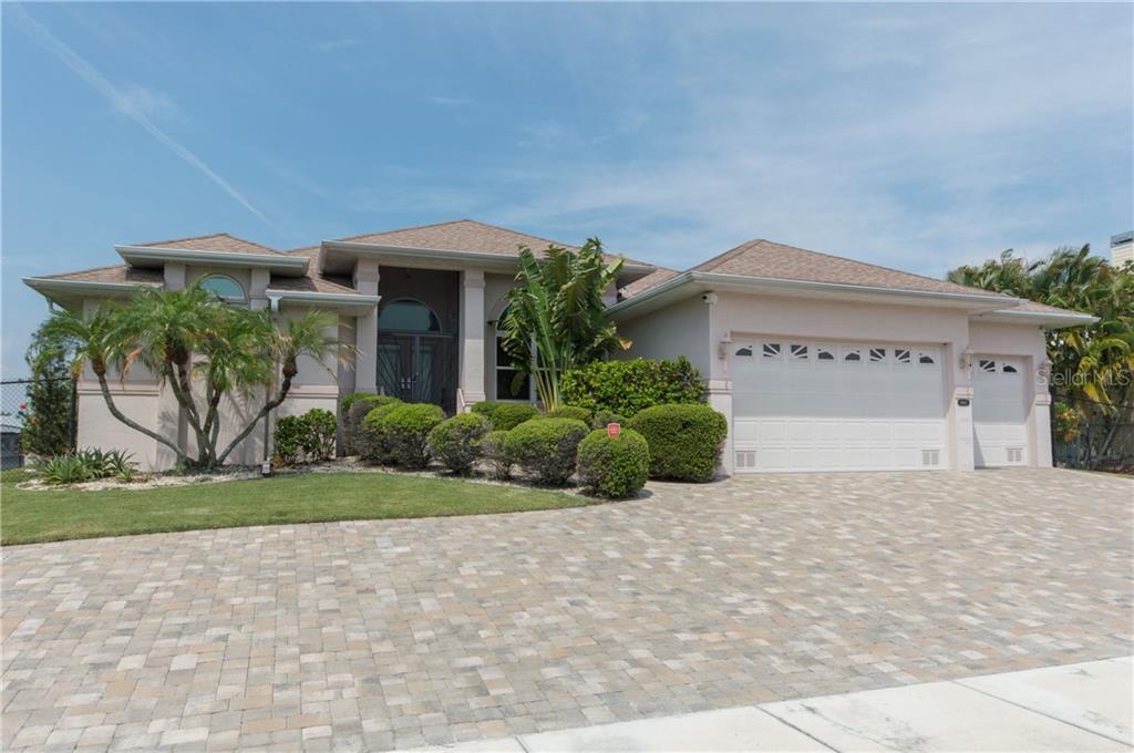 4441 GARDNER DR Property Photo - PORT CHARLOTTE, FL real estate listing