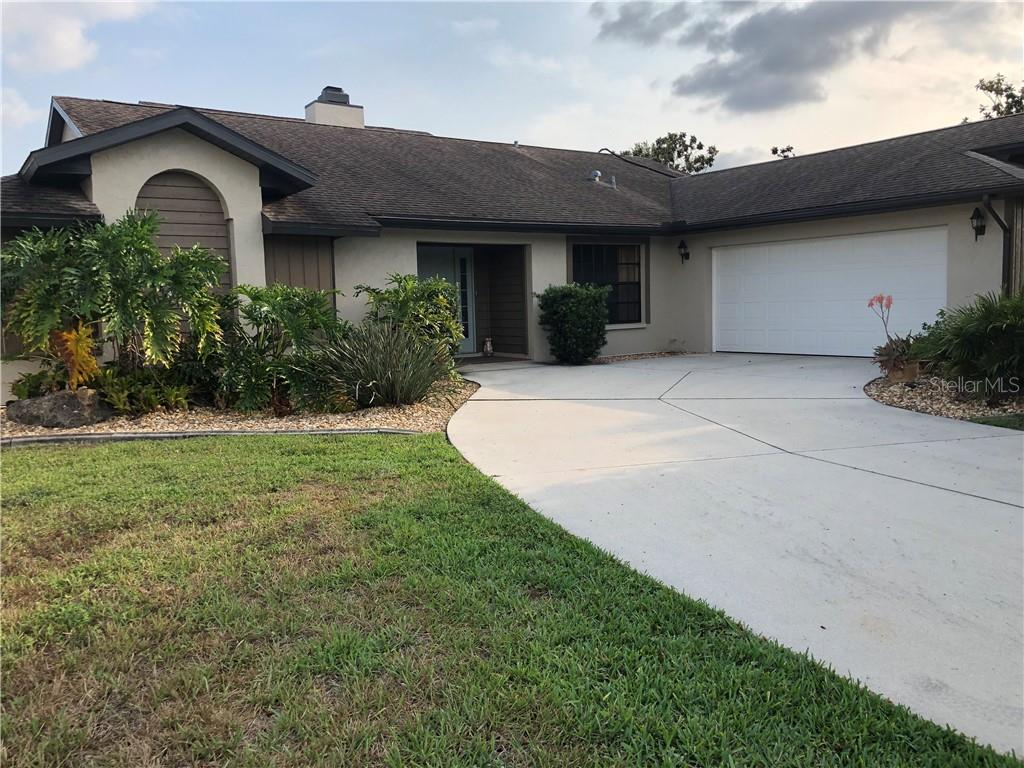 11917 SW KINGSWAY CIR Property Photo - LAKE SUZY, FL real estate listing