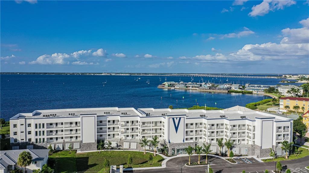 1425 Park Beach Circle #1413 Property Photo 1