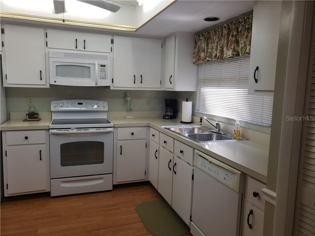 11545 Cinnamon Cove Blvd Property Photo 16