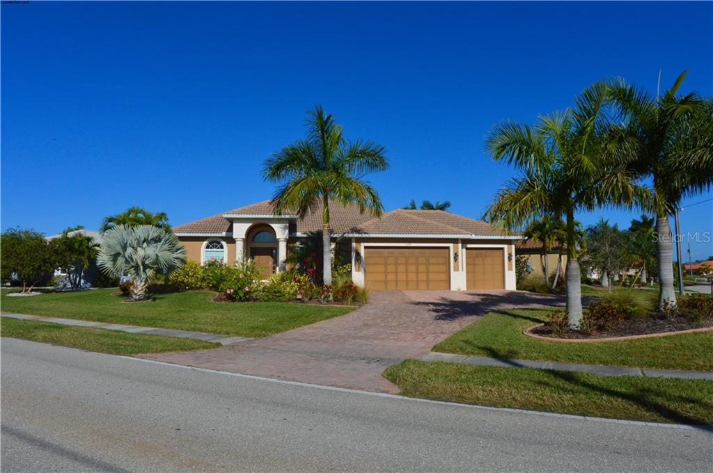 1524 ALBATROSS DR Property Photo - PUNTA GORDA, FL real estate listing