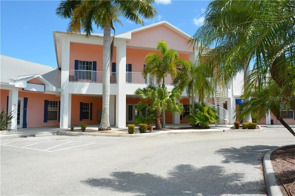 1032 TAMIAMI TRL #4 Property Photo - PORT CHARLOTTE, FL real estate listing