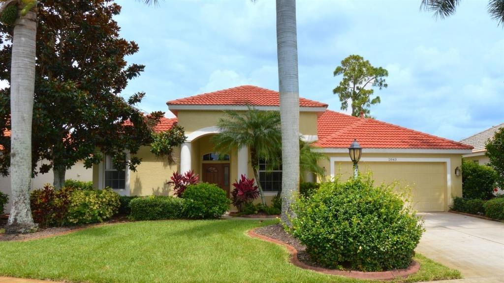 2843 Royal Palm Dr Property Photo