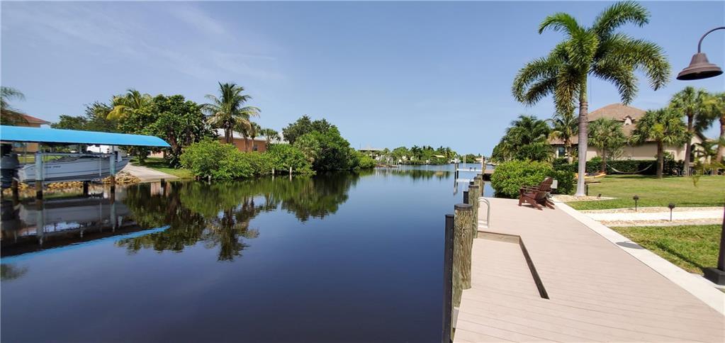 19245 PALMDALE CT Property Photo - PORT CHARLOTTE, FL real estate listing