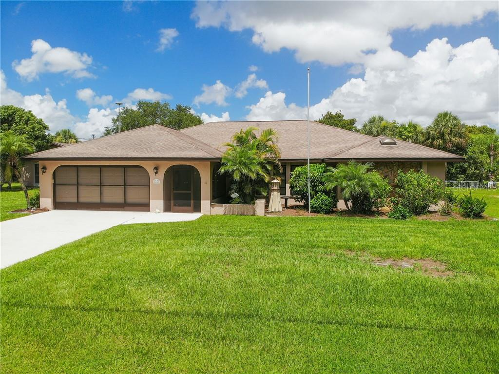 1053 CLEARVIEW DR Property Photo - PORT CHARLOTTE, FL real estate listing
