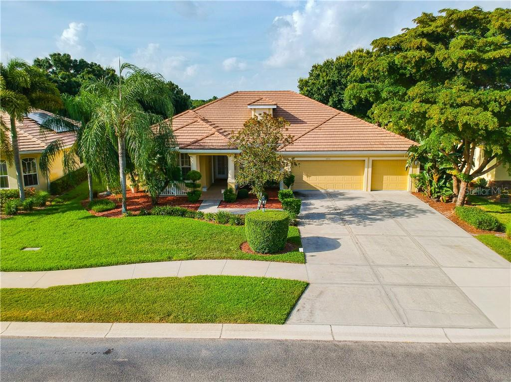 1836 COCONUT PALM CIR Property Photo - NORTH PORT, FL real estate listing