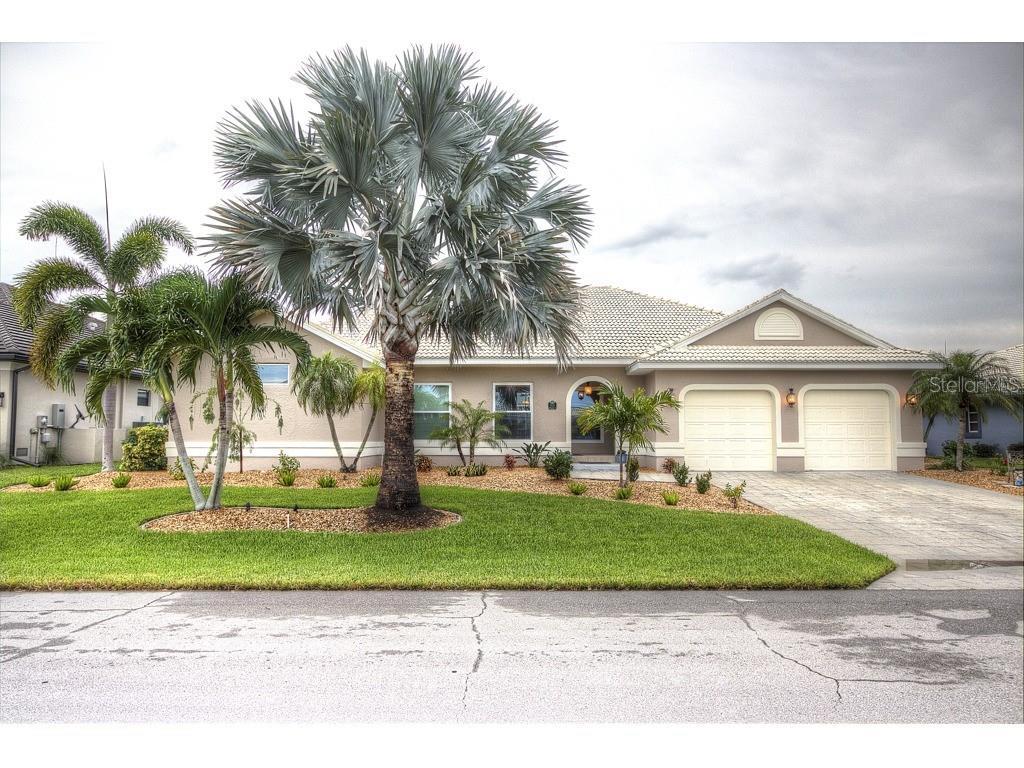 1121 HAWKS NEST COURT Property Photo - PUNTA GORDA, FL real estate listing