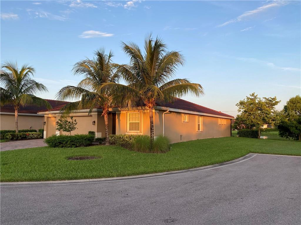 13061 BLUE JASMINE DRIVE Property Photo - NORTH FORT MYERS, FL real estate listing