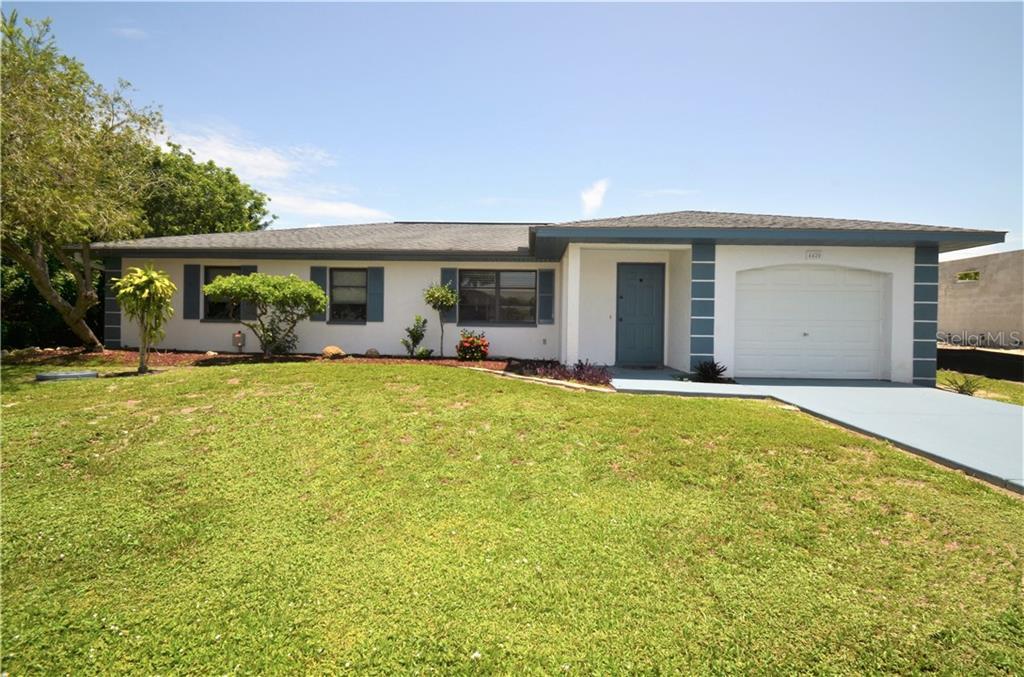4420 LARKSPUR COURT Property Photo - PORT CHARLOTTE, FL real estate listing