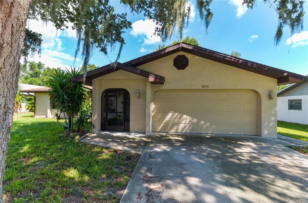 1043 RED BAY TERRACE NW Property Photo - PORT CHARLOTTE, FL real estate listing