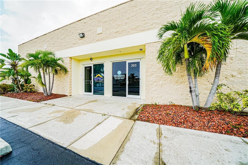 24610 SANDHILL BOULEVARD #203 Property Photo