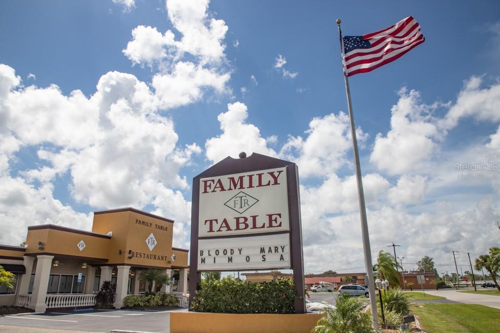 14132 Tamiami Trail Property Photo