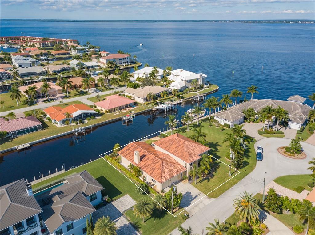 11 Ocean Drive Property Photo
