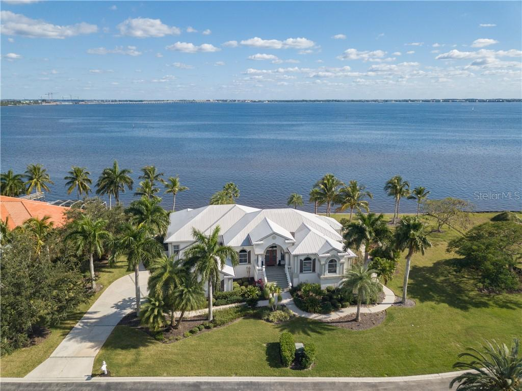 21470 Harborside Boulevard Property Photo