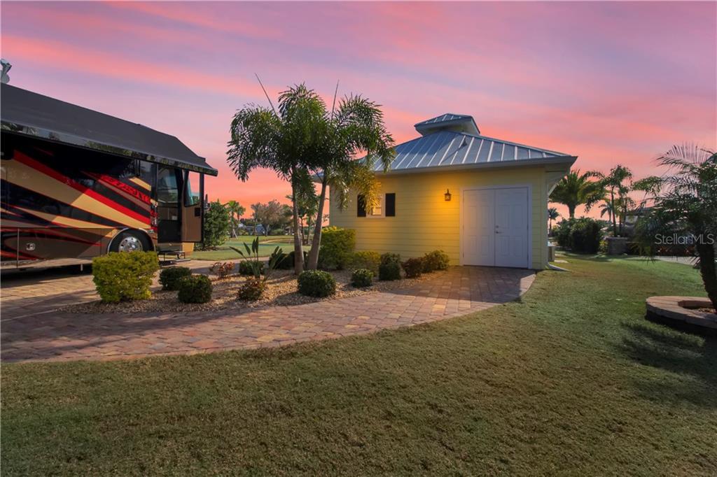 8503 Sw Sand Crane Circle Property Photo