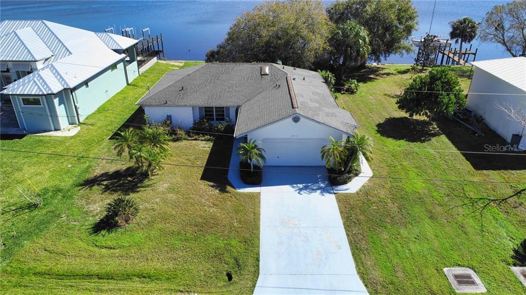 2976 PEACE RIVER DRIVE Property Photo - PUNTA GORDA, FL real estate listing