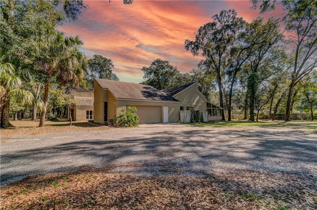 2810 LITTLE ROAD Property Photo - VALRICO, FL real estate listing