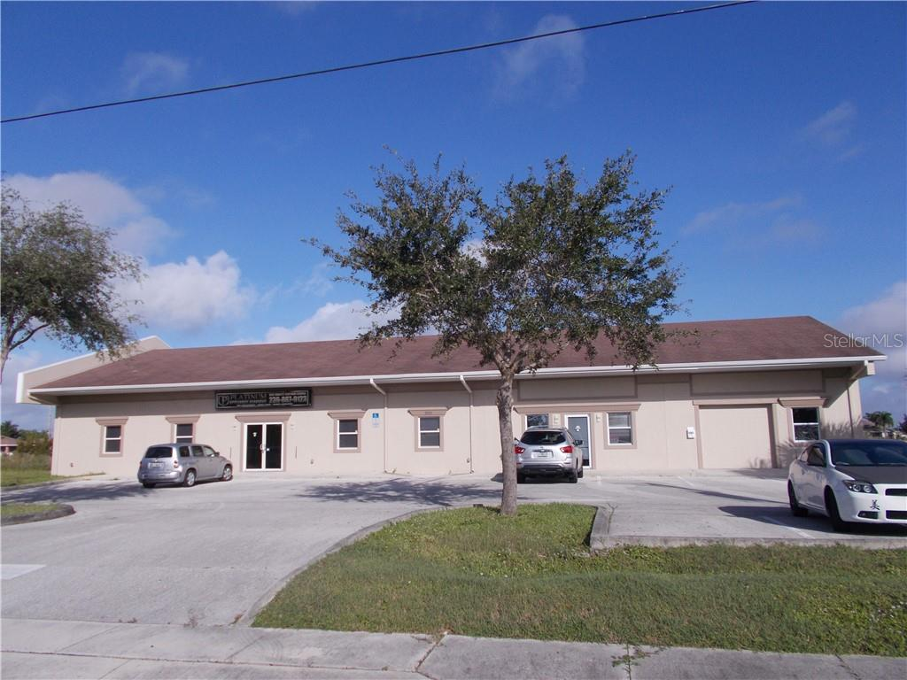2011 NE 10TH TERRACE Property Photo - CAPE CORAL, FL real estate listing