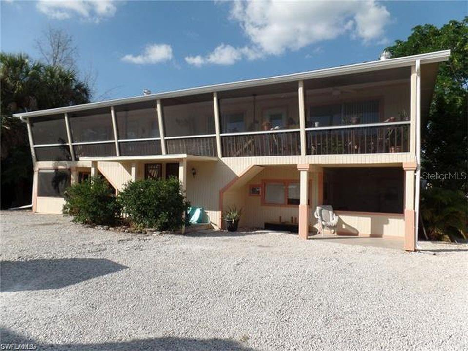 427 LAZY WAY Property Photo - FORT MYERS BEACH, FL real estate listing