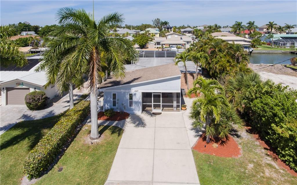 227 IBIS STREET Property Photo - FORT MYERS BEACH, FL real estate listing