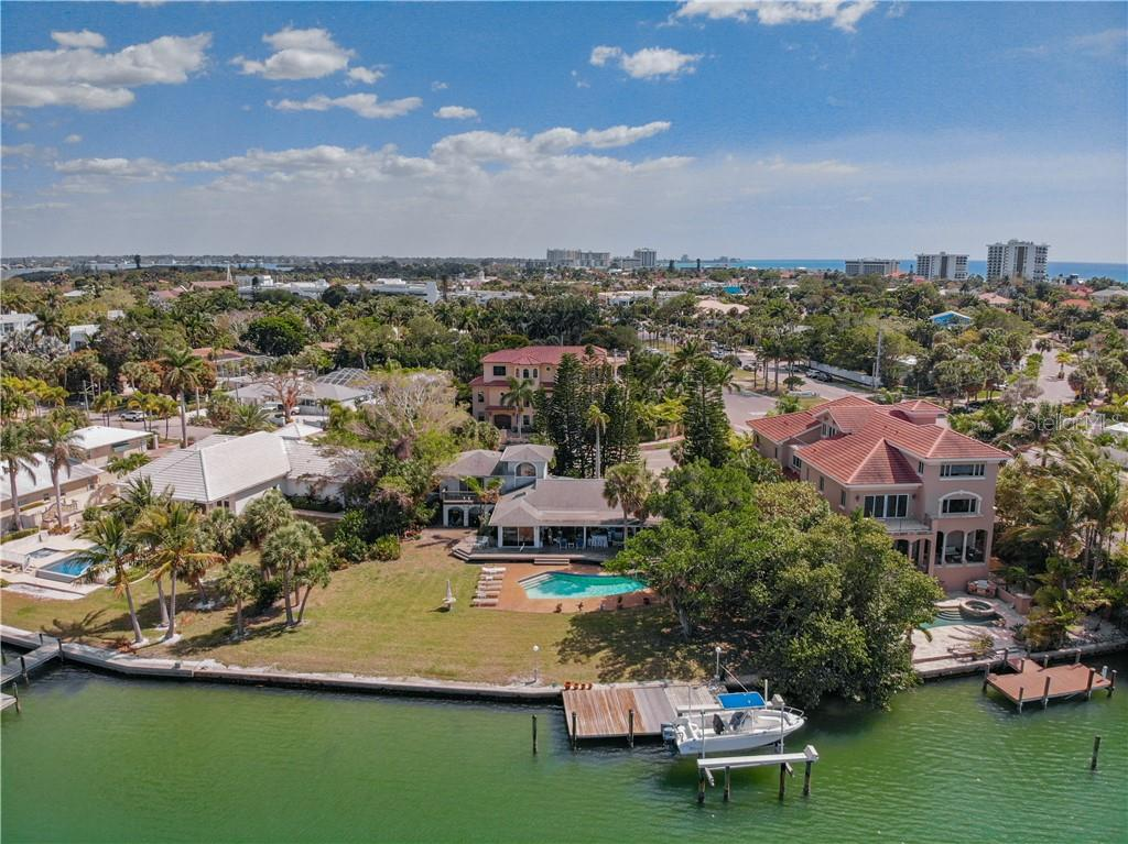 276 N WASHINGTON DRIVE Property Photo - SARASOTA, FL real estate listing