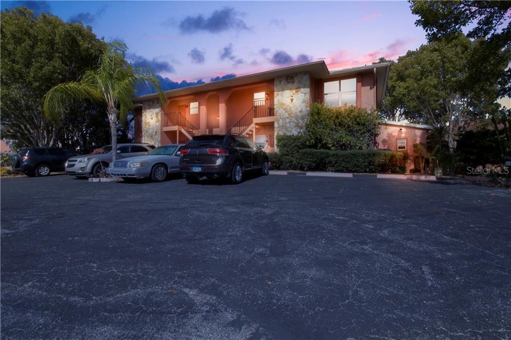 2700 Magdalina Drive #2a Property Photo