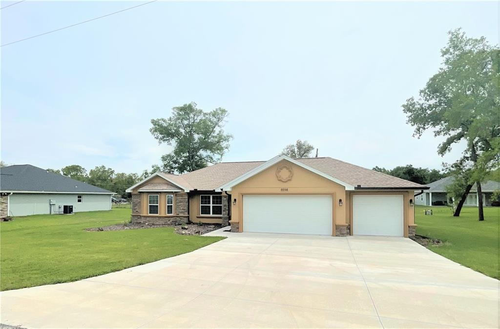 8598 SE 163RD PLACE Property Photo - SUMMERFIELD, FL real estate listing