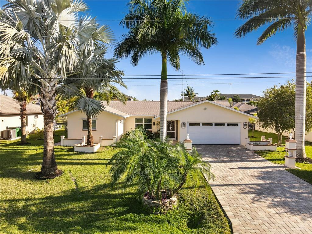 1968 CORAL POINT DRIVE Property Photo - CAPE CORAL, FL real estate listing