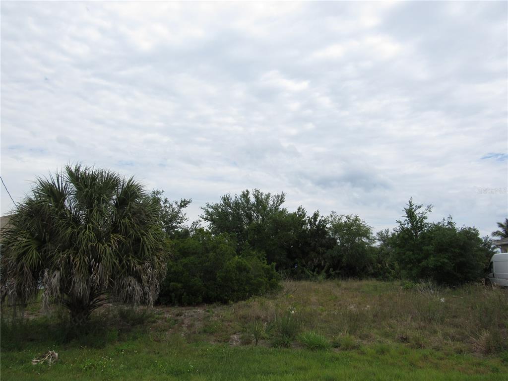 9444 President Circle Property Photo