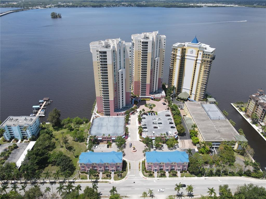 33916 Real Estate Listings Main Image