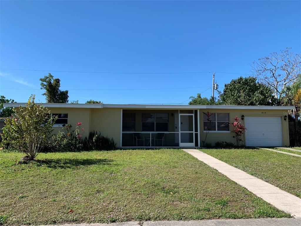 818 Conreid Drive Ne Property Photo
