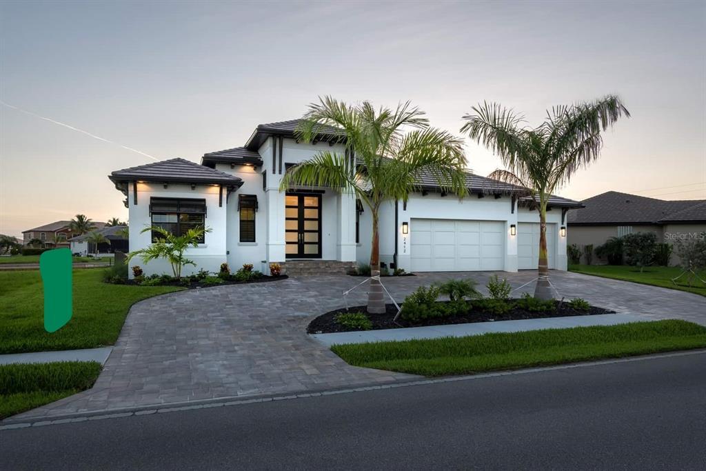2412 Magdalina Drive Property Photo 1