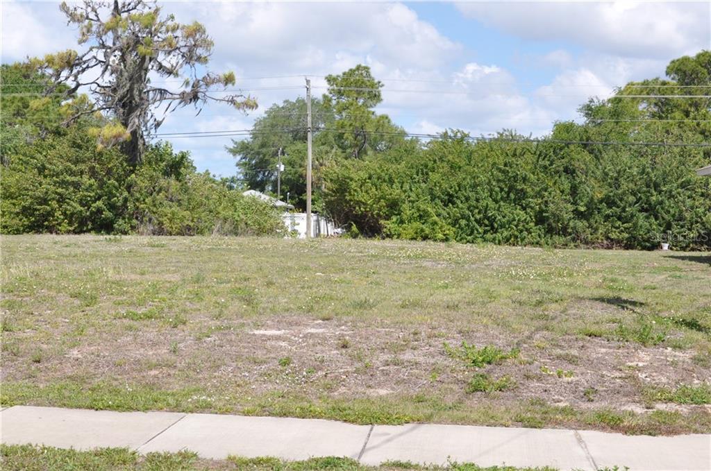 407 Boundary Blvd Property Photo