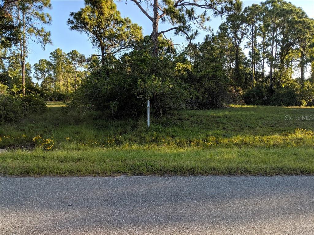 322 Albatross Road Property Photo