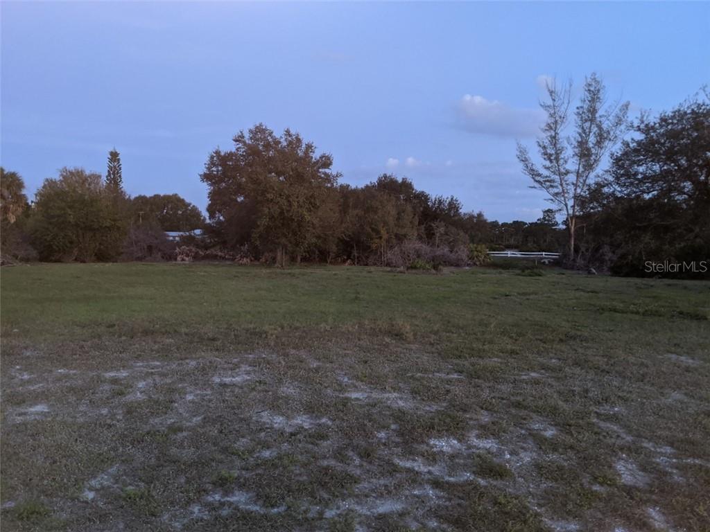 933 Boundary Boulevard Property Photo